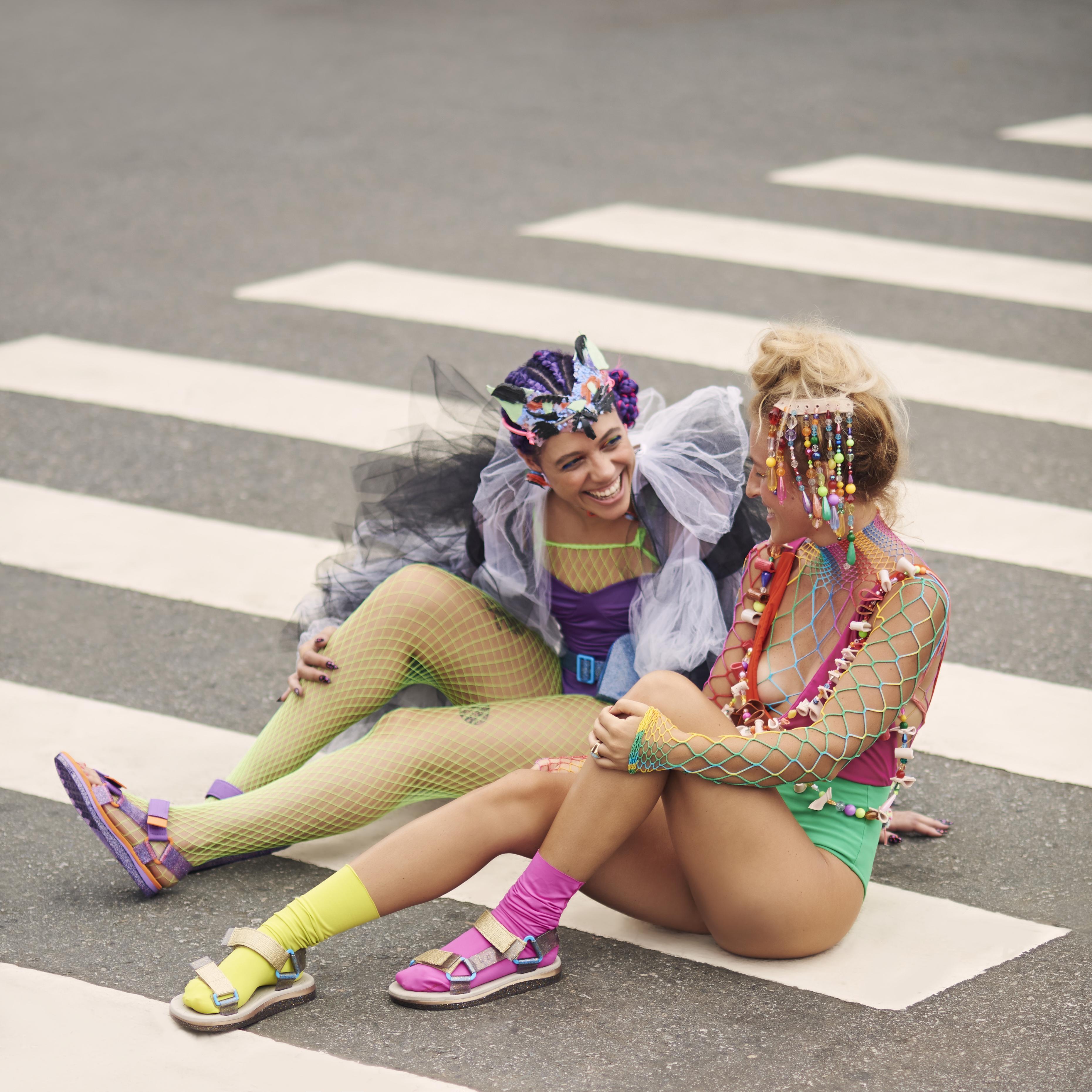 Direção criativa de Juju Lattuca para calçados Melissa