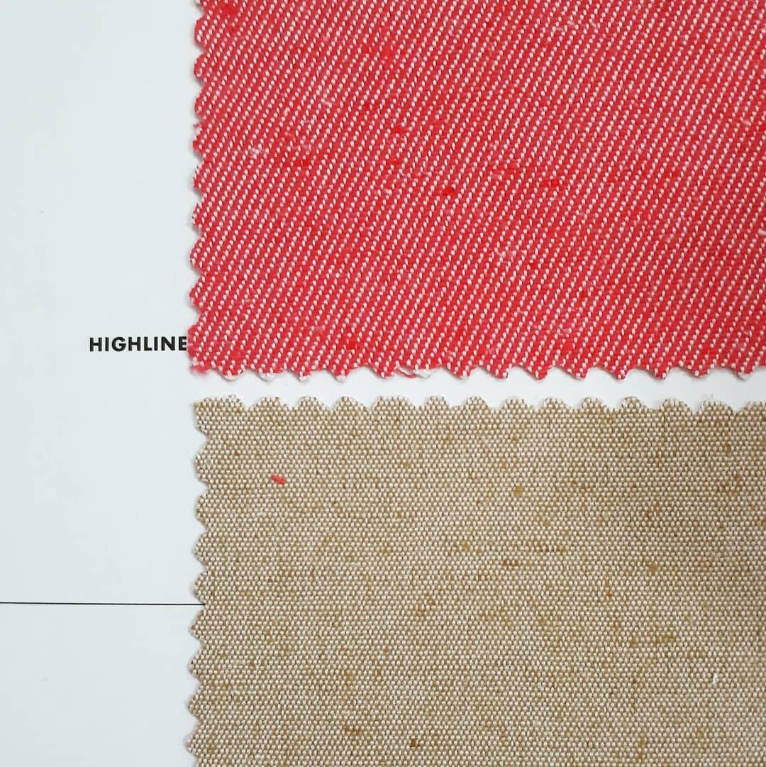 Amostras têxteis do tecido Ecofio da ITM Têxtil, tecido de algodão reciclado ou de PET de garrafa reciclada.